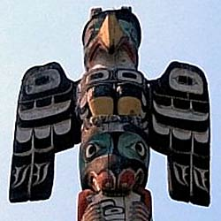 Thunderbird on top of Totem Pole in Thunderbird Park in Victoria, BC, Canada.