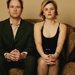couple-apart