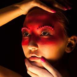 woman-face-paint